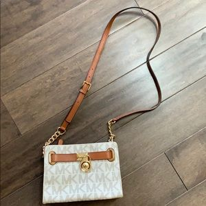 Michael Kors Crossbody / Shoulder Bag